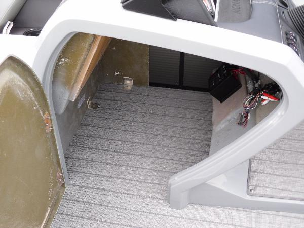 2021 Godfrey Pontoon boat for sale, model of the boat is Monaco 235 SFL GTP 27 in. & Image # 17 of 30