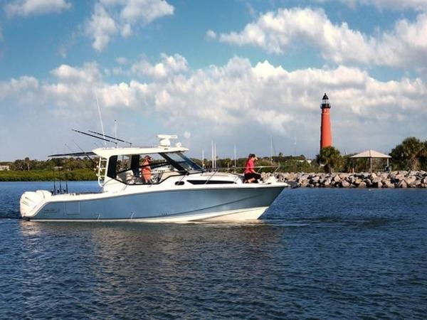 2021 Boston Whaler boat for sale, model of the boat is 325 Conquest & Image # 2 of 11
