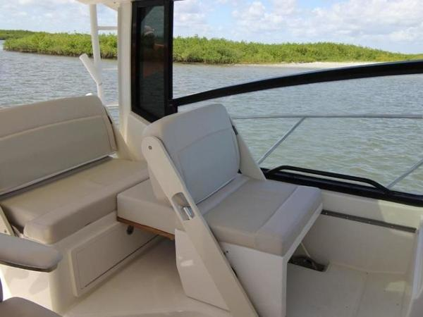 2021 Boston Whaler boat for sale, model of the boat is 325 Conquest & Image # 7 of 11