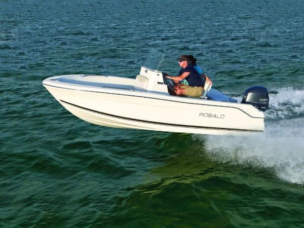 2017 ROBALO R160 for sale