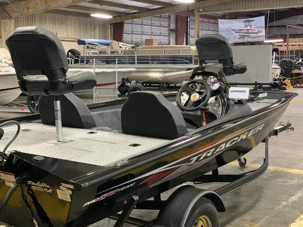 2021 Tracker Boats boat for sale, model of the boat is PT175TXW & Image # 3 of 8