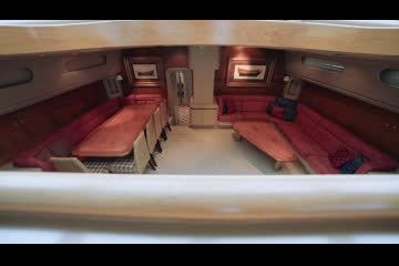 Alloy Yachts 106 video