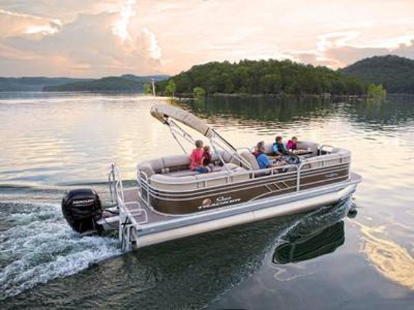 2021 Sun Tracker boat for sale, model of the boat is PARTY BARGE® 22 DLX & Image # 1 of 1