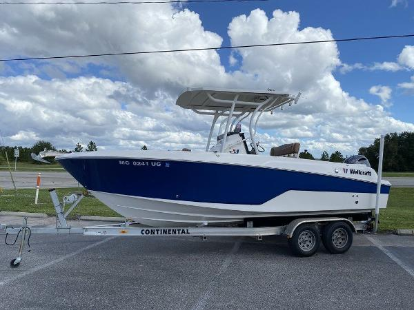 2019 WELLCRAFT 222 FISHERMAN for sale