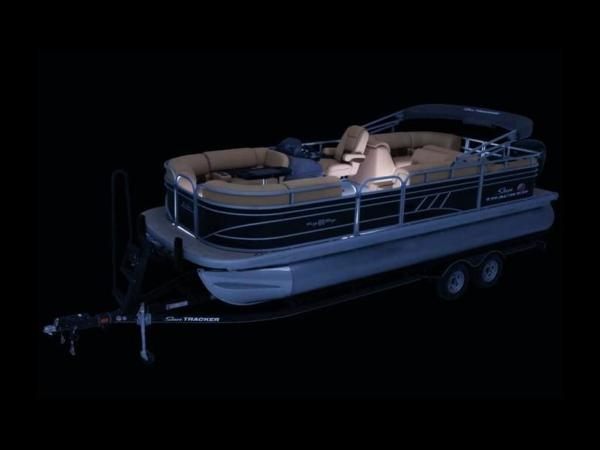 2022 Sun Tracker boat for sale, model of the boat is PARTY BARGE® 22 RF DLX & Image # 12 of 56