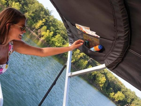 2022 Sun Tracker boat for sale, model of the boat is PARTY BARGE® 22 RF DLX & Image # 27 of 56