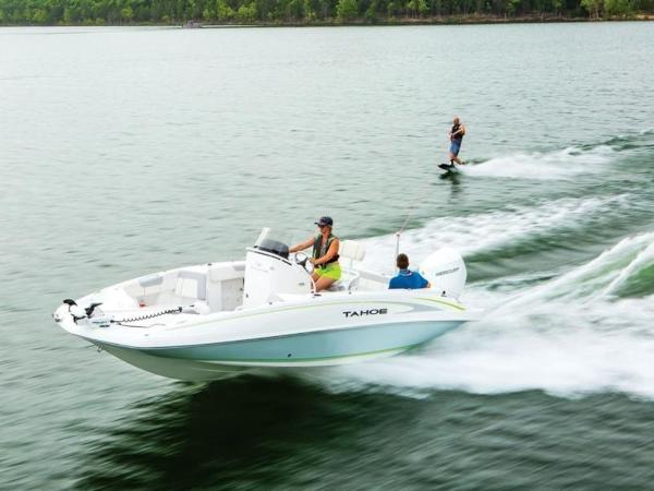 2021 Tahoe boat for sale, model of the boat is 2150 CC & Image # 7 of 77