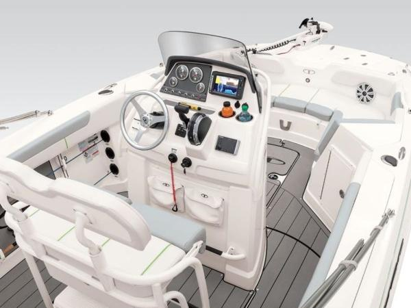 2021 Tahoe boat for sale, model of the boat is 2150 CC & Image # 42 of 77