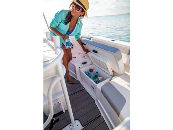 2021 Tahoe boat for sale, model of the boat is 2150 CC & Image # 74 of 77