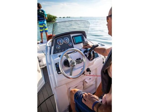 2021 Tahoe boat for sale, model of the boat is 2150 CC & Image # 76 of 77