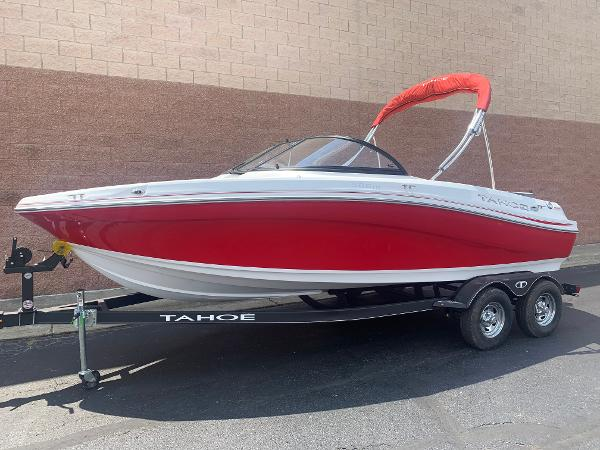 2021 Tahoe boat for sale, model of the boat is 500 TS & Image # 2 of 28