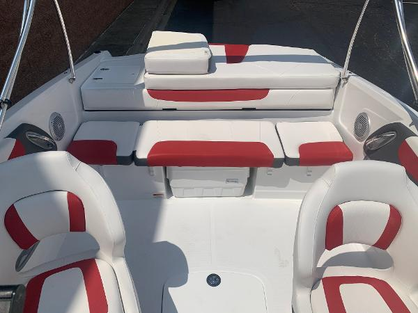 2021 Tahoe boat for sale, model of the boat is 500 TS & Image # 10 of 28