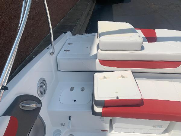 2021 Tahoe boat for sale, model of the boat is 500 TS & Image # 11 of 28