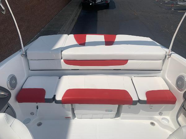 2021 Tahoe boat for sale, model of the boat is 500 TS & Image # 12 of 28