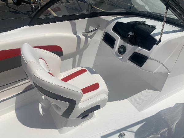 2021 Tahoe boat for sale, model of the boat is 500 TS & Image # 16 of 28