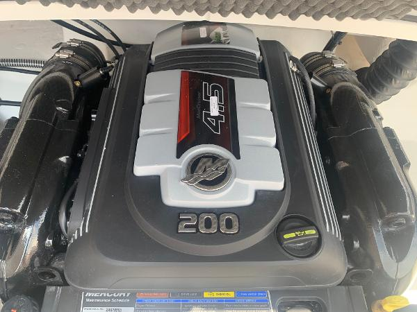 2021 Tahoe boat for sale, model of the boat is 500 TS & Image # 22 of 28