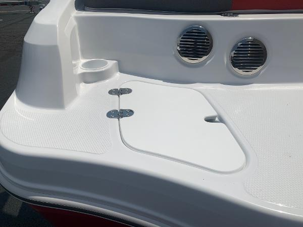 2021 Tahoe boat for sale, model of the boat is 500 TS & Image # 24 of 28