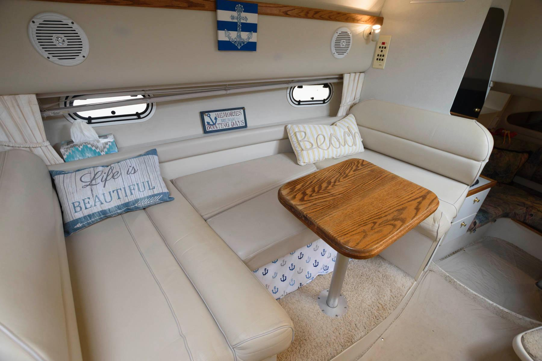 NY 6385 BP Knot 10 Yacht Sales