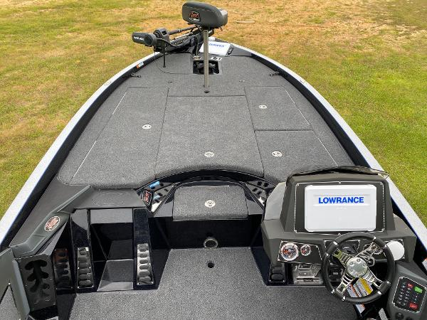 2021 Ranger Boats boat for sale, model of the boat is Z520L RANGER CUP EQUIPPED & Image # 12 of 42