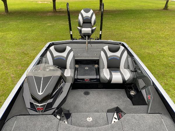 2021 Ranger Boats boat for sale, model of the boat is Z520L RANGER CUP EQUIPPED & Image # 18 of 42