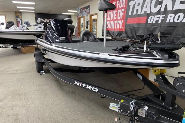 2020 Nitro boat for sale, model of the boat is Z17 & Image # 1 of 26