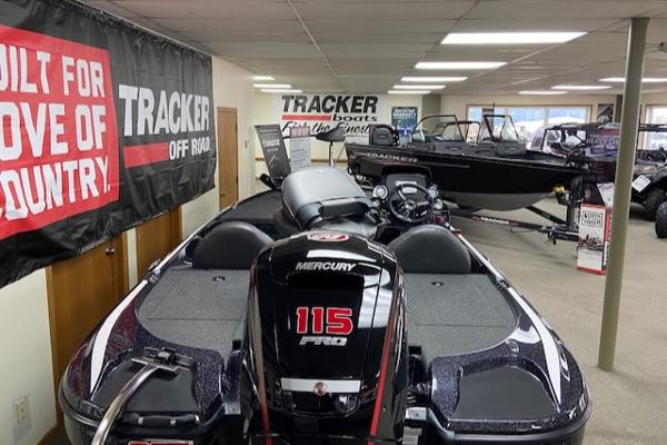 2020 Nitro boat for sale, model of the boat is Z17 & Image # 3 of 26