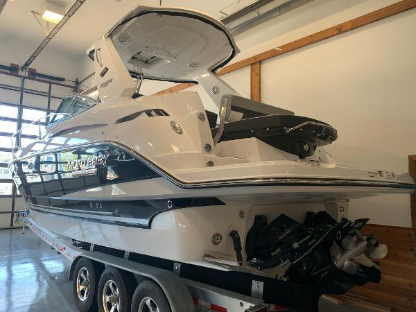 2021 Monterey boat for sale, model of the boat is 335 Sport Yacht & Image # 4 of 52