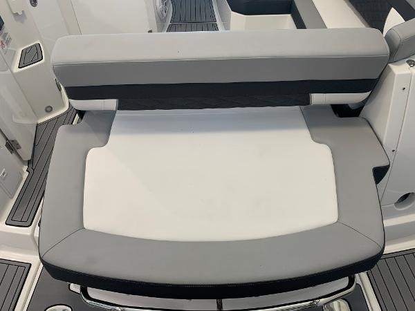 2021 Monterey boat for sale, model of the boat is 335 Sport Yacht & Image # 10 of 52