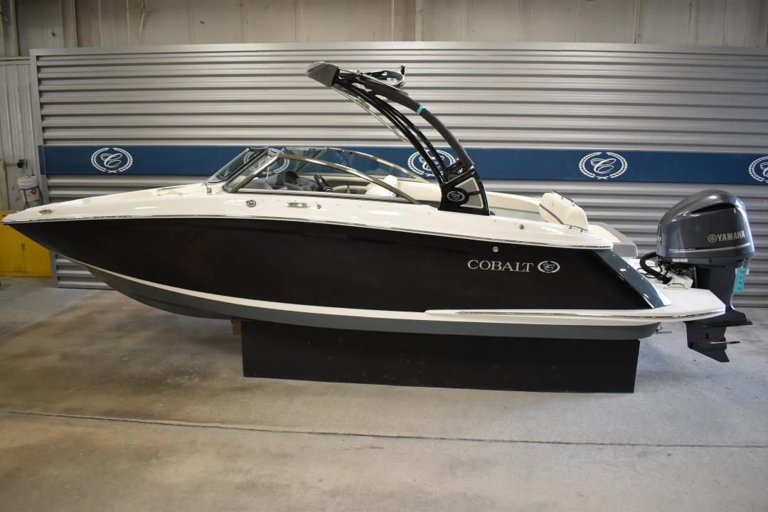 2020 COBALT SC25 Bowrider