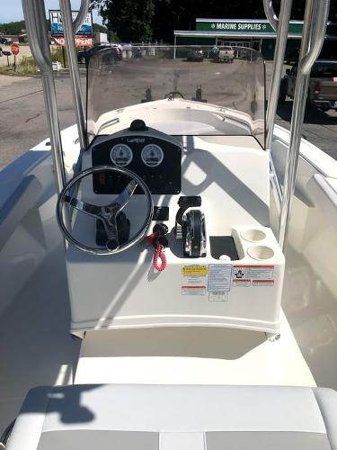 2020 Mako boat for sale, model of the boat is 184 CC & Image # 8 of 8