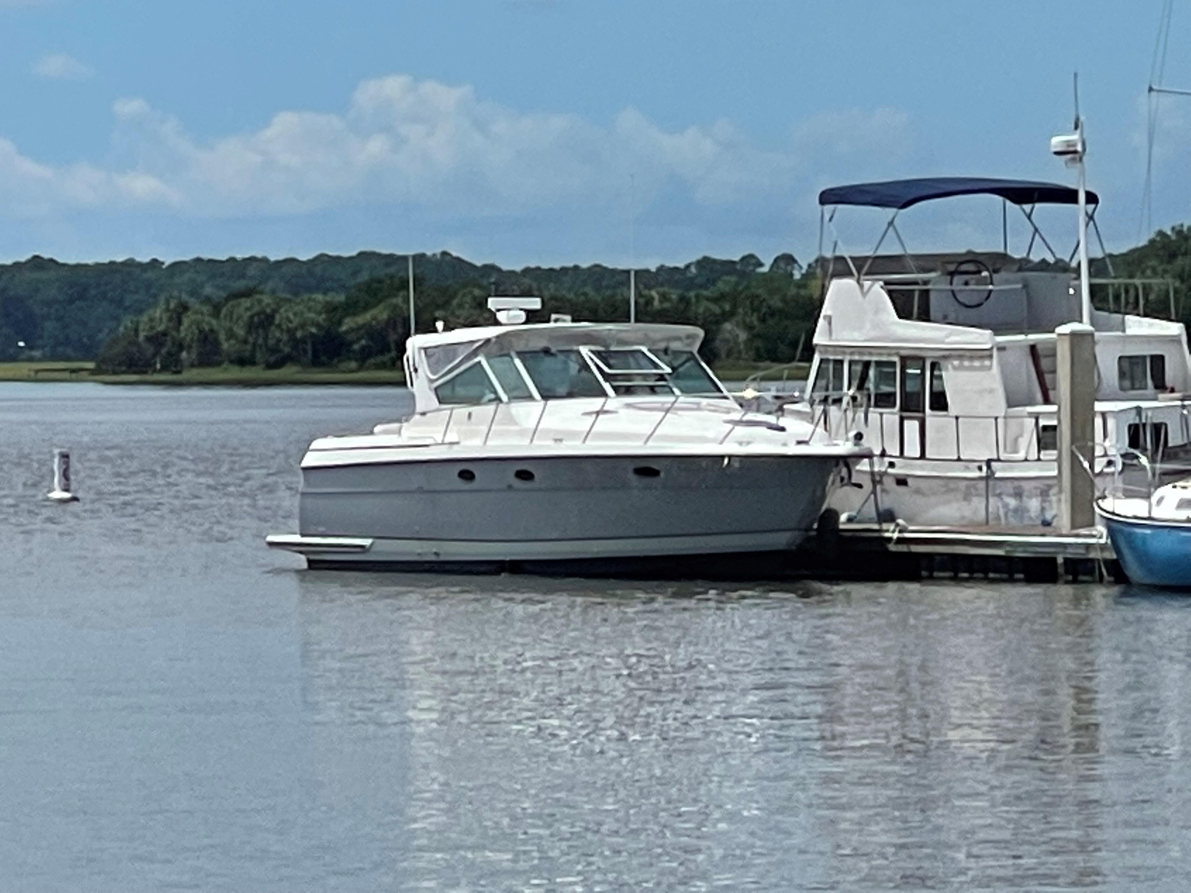 1998 Tiara Yachts 3500 Express