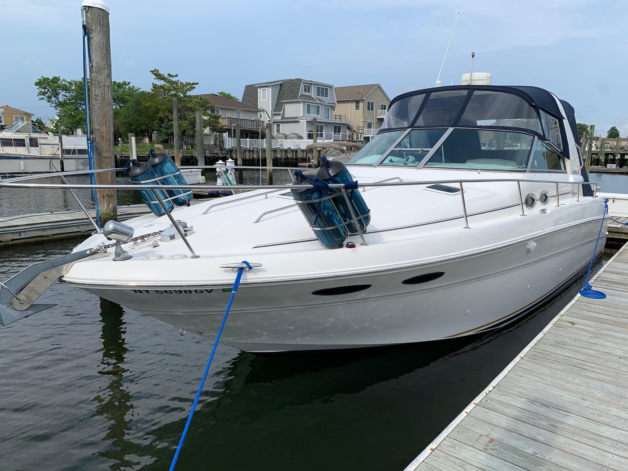 NY 6001 KM Knot 10 Yacht Sales