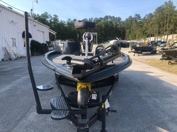 2021 Triton boat for sale, model of the boat is 20 TRX Patriot & Image # 6 of 35