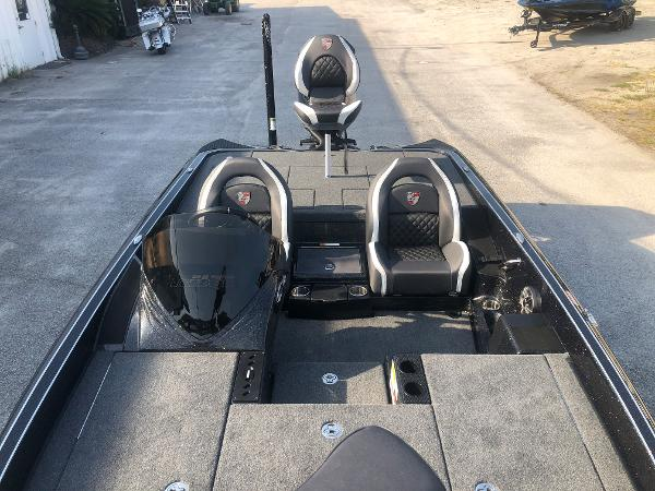 2021 Triton boat for sale, model of the boat is 20 TRX Patriot & Image # 10 of 35