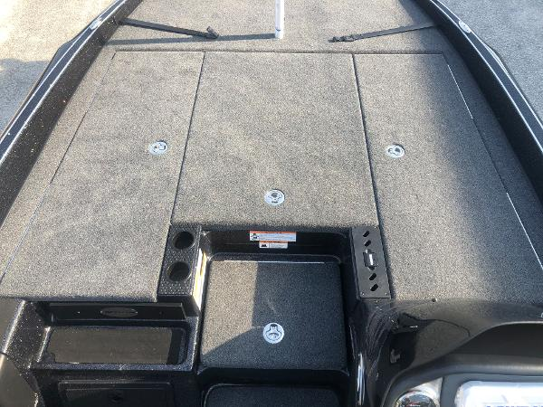 2021 Triton boat for sale, model of the boat is 20 TRX Patriot & Image # 13 of 35