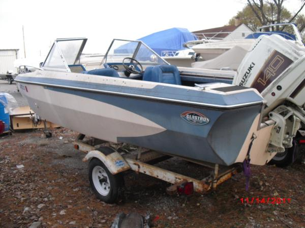 1972 Glastron boat for sale, model of the boat is 176 BOWRIDER & Image # 2 of 23