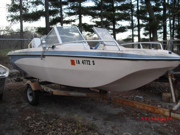 1972 Glastron boat for sale, model of the boat is 176 BOWRIDER & Image # 7 of 23