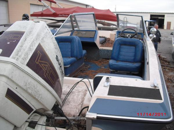1972 Glastron boat for sale, model of the boat is 176 BOWRIDER & Image # 9 of 23