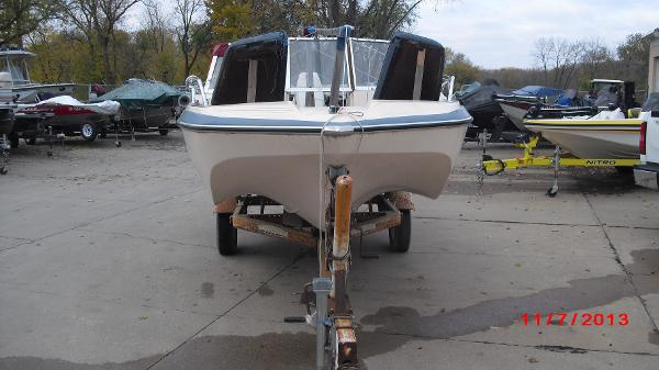 1972 Glastron boat for sale, model of the boat is 176 BOWRIDER & Image # 14 of 23