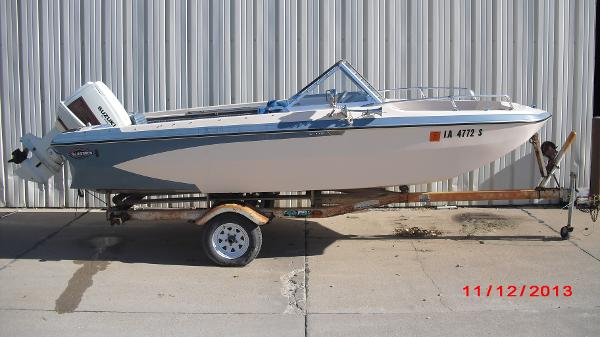 1972 Glastron boat for sale, model of the boat is 176 BOWRIDER & Image # 4 of 23