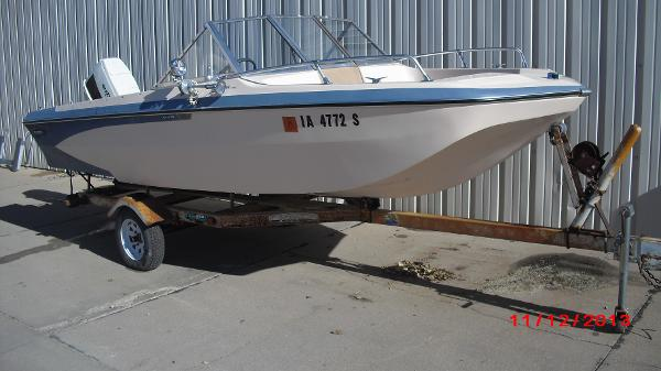 1972 Glastron boat for sale, model of the boat is 176 BOWRIDER & Image # 20 of 23