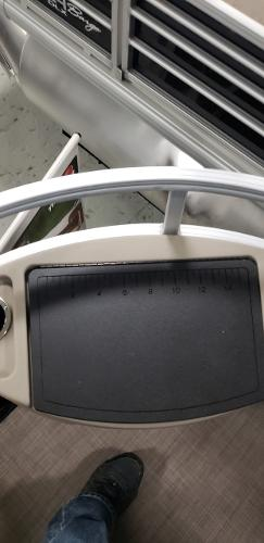 2021 Sun Tracker boat for sale, model of the boat is Bass Buggy 18 DLX & Image # 13 of 17