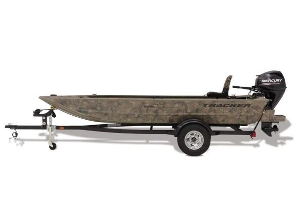 2020 Tracker Boats boat for sale, model of the boat is GRIZZLY® 1654 T Sportsman & Image # 2 of 17