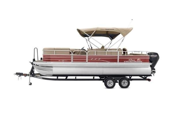 2022 Sun Tracker boat for sale, model of the boat is SportFish™ 22 DLX & Image # 5 of 55