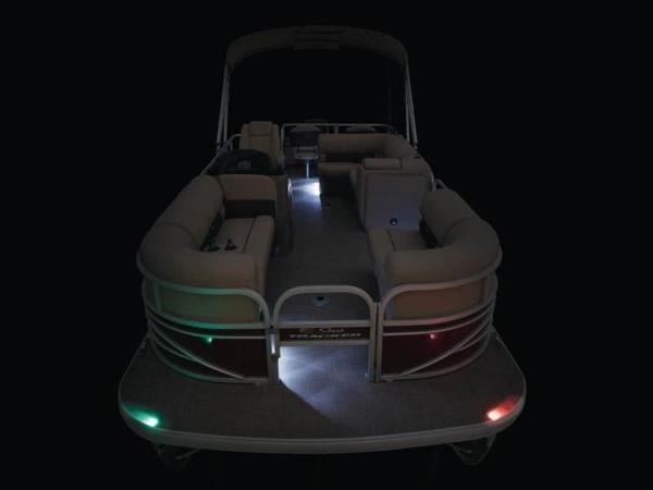 2022 Sun Tracker boat for sale, model of the boat is SportFish™ 22 DLX & Image # 11 of 55