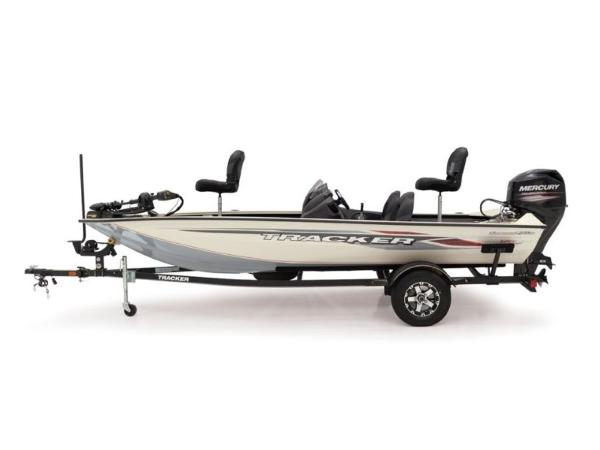 2021 Tracker Boats boat for sale, model of the boat is Pro Team 175 TXW® Tournament Ed. & Image # 8 of 50