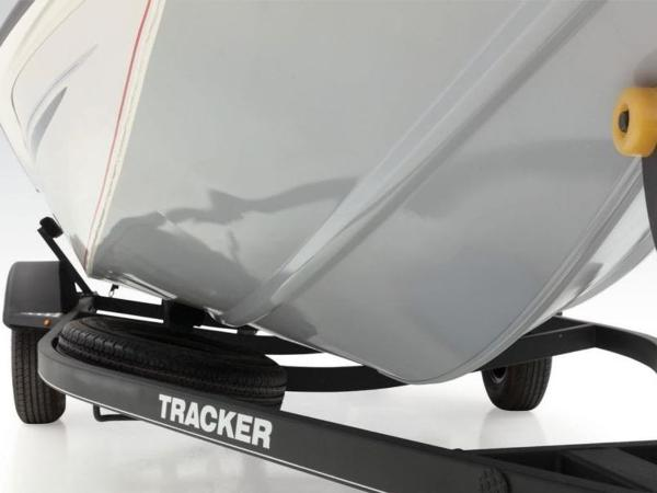 2021 Tracker Boats boat for sale, model of the boat is Pro Team 175 TXW® Tournament Ed. & Image # 16 of 50