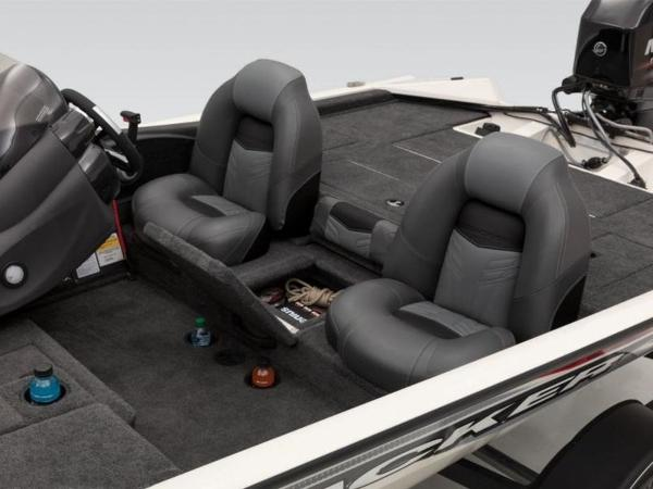 2021 Tracker Boats boat for sale, model of the boat is Pro Team 175 TXW® Tournament Ed. & Image # 25 of 50