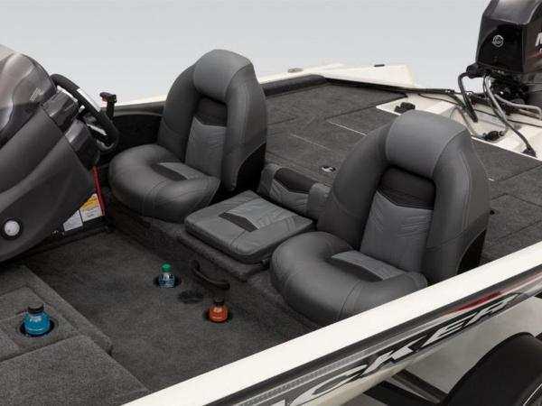 2021 Tracker Boats boat for sale, model of the boat is Pro Team 175 TXW® Tournament Ed. & Image # 31 of 50