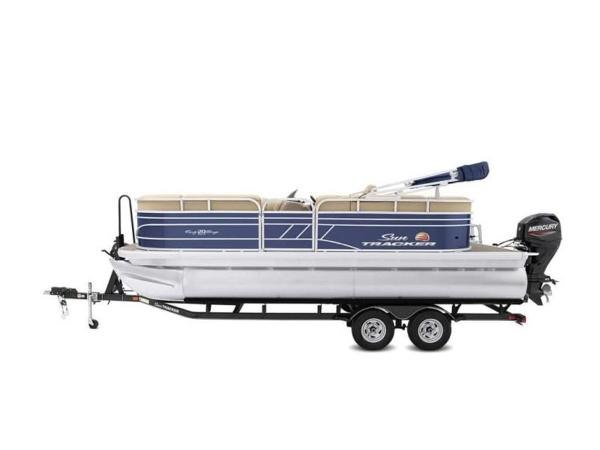 2022 Sun Tracker boat for sale, model of the boat is PARTY BARGE® 20 DLX & Image # 21 of 45
